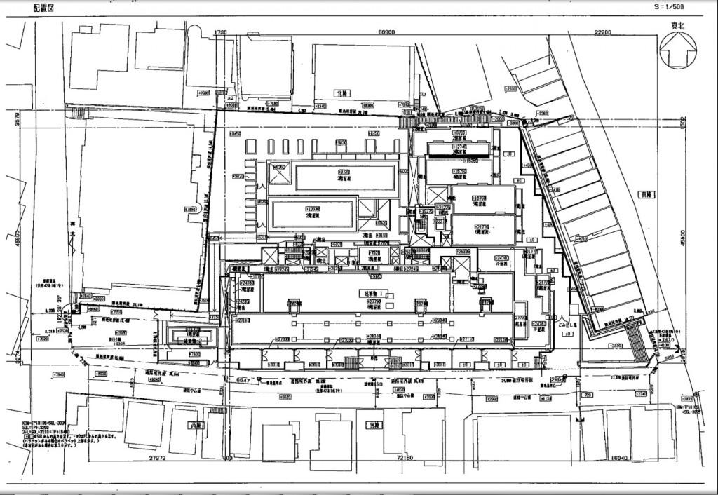 ル・サンク配置図 東西の間口が狭いため、南側道路(堀坂)の真ん中に駐車場に入る車路が設置されている